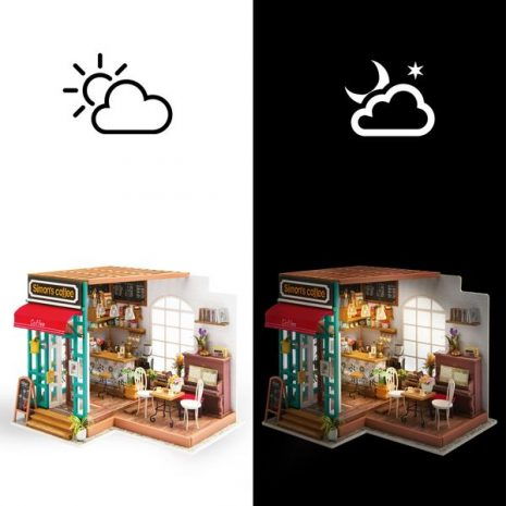 Simons Coffee Wooden DIY House - light and dark