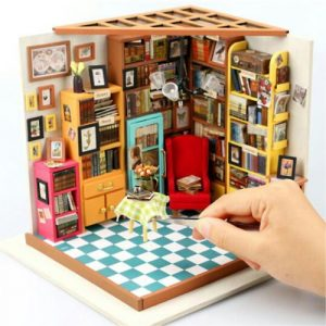 Sam's Study Wooden DIY House